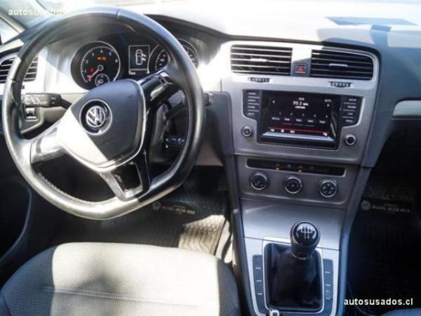 Volkswagen Golf A7 MT 1.6 año 2016
