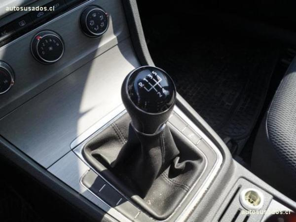 Volkswagen Golf 1.6 año 2016