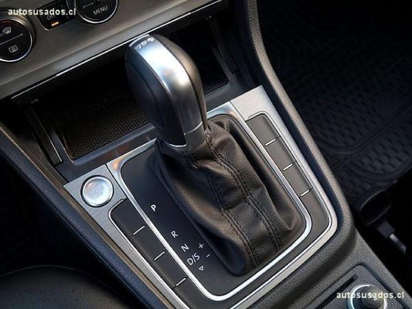 Volkswagen Golf GOLF 2.0 TDI SPORT año 2017