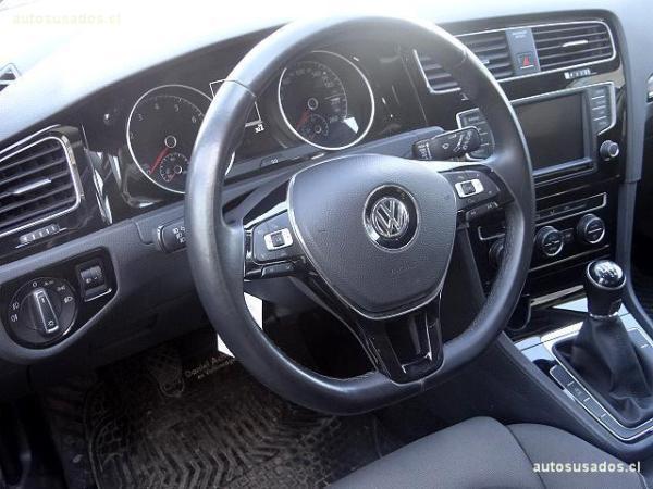 Volkswagen Golf HB año 2017