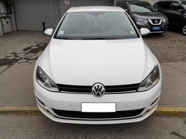 Volkswagen Golf GOLF 1.4 TSI DSG DESIGN año 2017