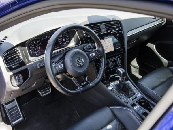 Volkswagen Golf R año 2018
