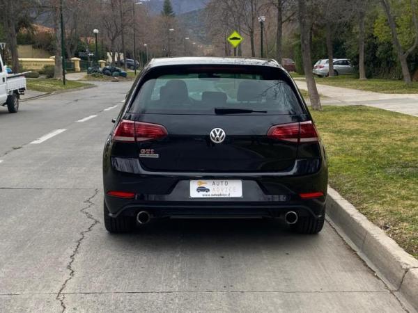 Volkswagen Golf GTI año 2018