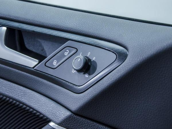 Volkswagen Golf R 2.0 año 2019