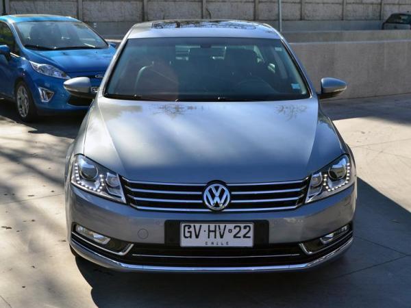 Volkswagen Passat Passat Highline Tsi 1.8 año 2015