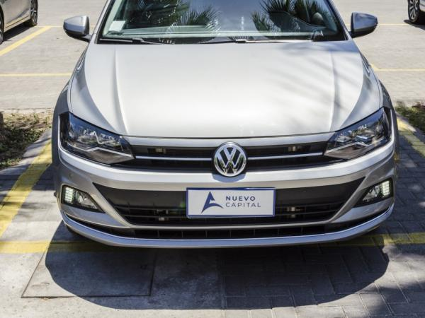 Volkswagen Polo HIGHLINE AUTOMATIC año 2019
