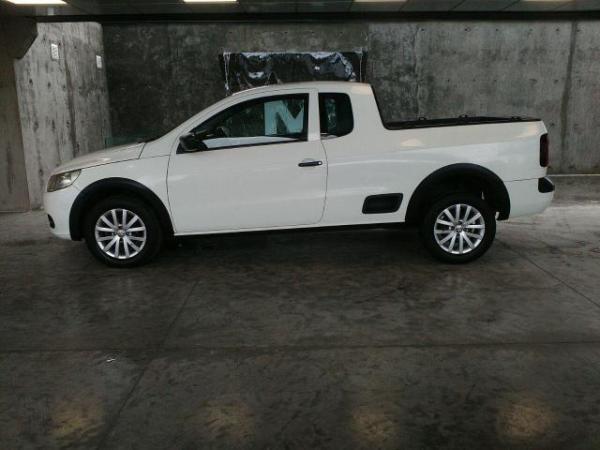 Volkswagen Saveiro 1.6 año 2013
