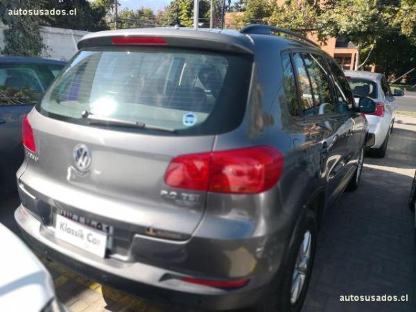Volkswagen Tiguan gl año 2012