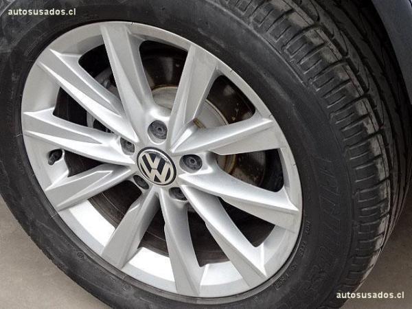 Volkswagen Tiguan HIGHLINE 4X4 TDI año 2015