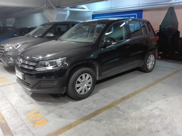 Volkswagen Tiguan confortline año 2015