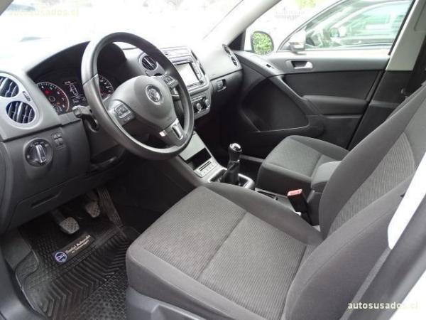 Volkswagen Tiguan COMFORTLINE 1.4 TSI 4X2 año 2015