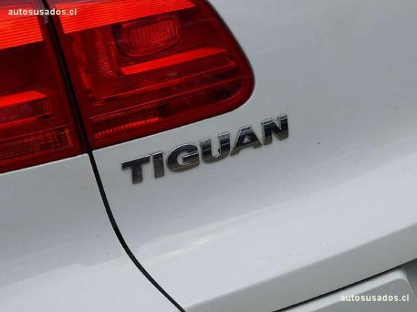 Volkswagen Tiguan SPORT 6STYLE TSI 4X4 año 2016