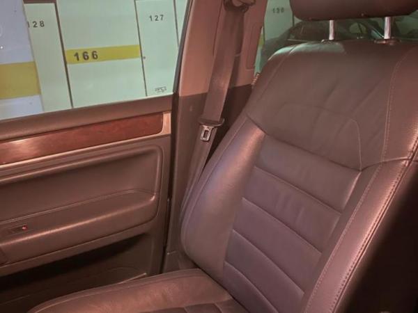 Volkswagen Touareg 3.0 V6 TDI año 2009