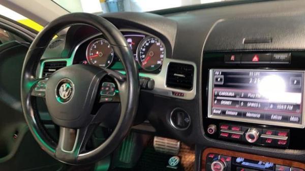 Volkswagen Touareg 4.2 V8 TDI LIMITED año 2011