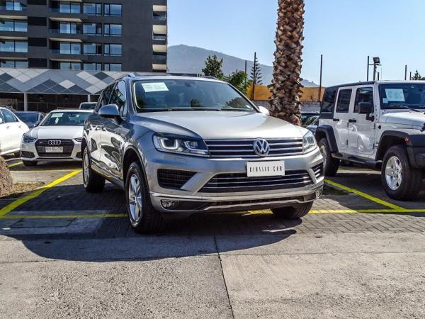 Volkswagen Touareg 3.0 TDI año 2016