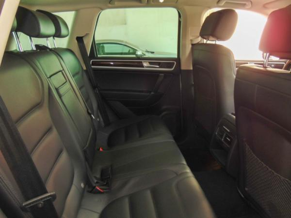 Volkswagen Touareg 3.0 V6 TDI V6 NAV año 2018