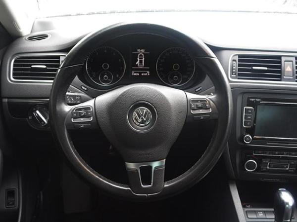 Volkswagen Vento VENTO COMFORTLINE 2.0 año 2012