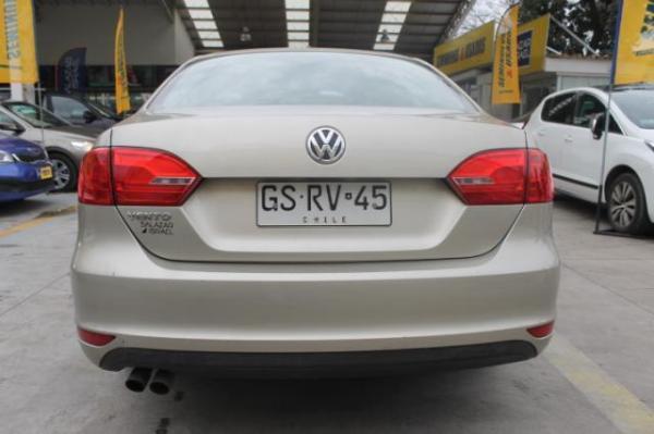 Volkswagen Vento Vento Trendline 2.0 año 2014
