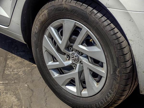 Volkswagen Virtus MT 1.6 año 2018