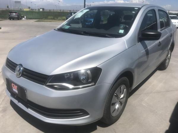 Volkswagen Voyage 1.6 MT AC año 2014