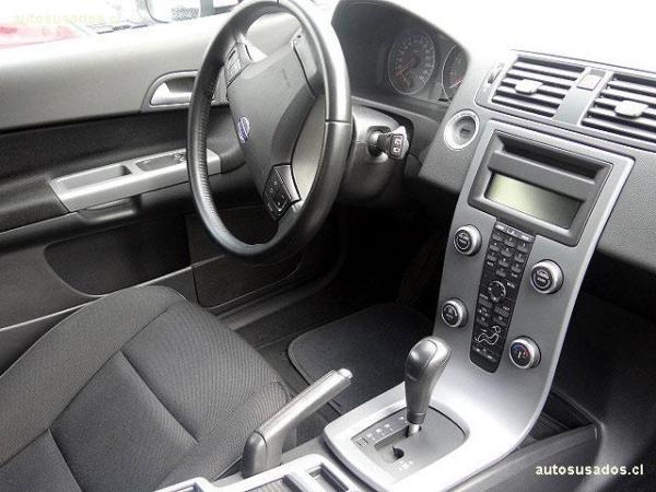 Volvo C 30  año 2010