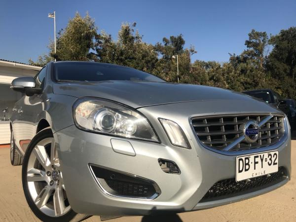 Volvo S 60 3.0 t6 AWD AT año 2011