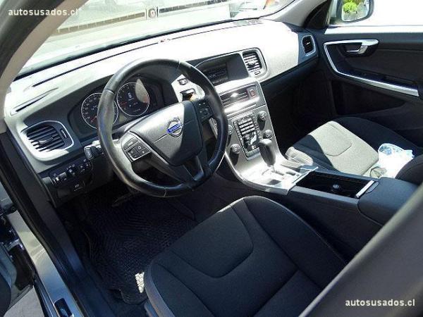 Volvo S 60 2.0 año 2011