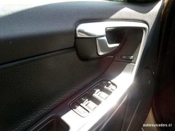 Volvo S 60 T4 Comfort 1.6 año 2012