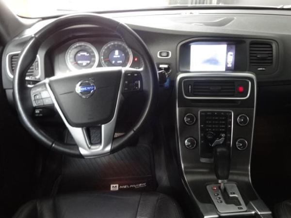 Volvo S 60 T6 UN DUENO año 2012