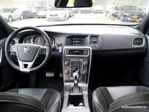 Volvo S 60 T4 R DESIGN año 2014