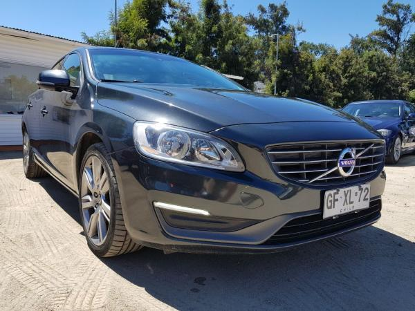 Volvo S 60 1.6 D2 LIMITED año 2014