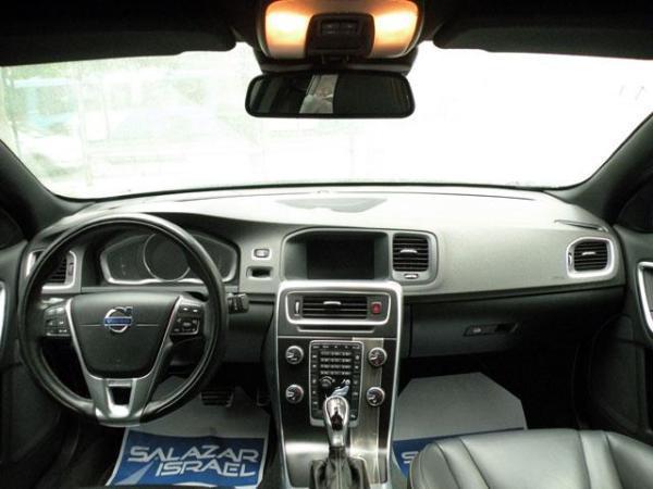 Volvo S 60 S60 T6 R Design año 2014