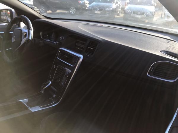 Volvo S 60 1.6 T4 R DESIGN año 2015