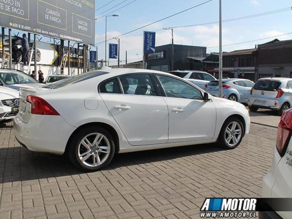 Volvo S 60 S60 D2 1.6 año 2015