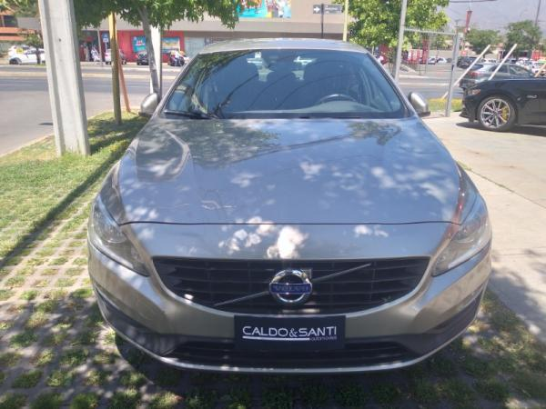Volvo S 60 D2 2.0 AT año 2016