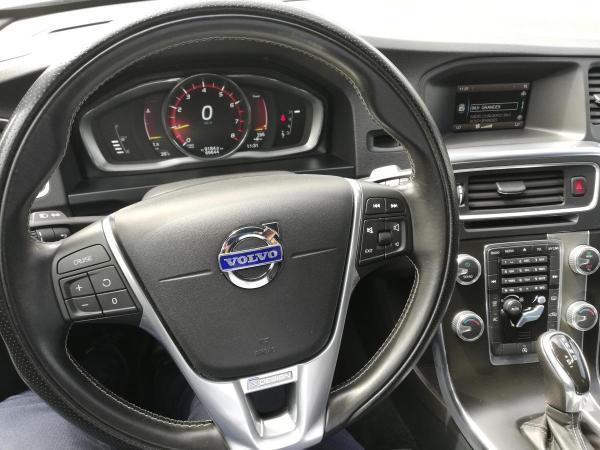 Volvo S 60 T4 R-DESIGN 190HP año 2017