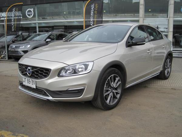 Volvo S 60 S60 Cc D4 Ltd 2.4 año 2017