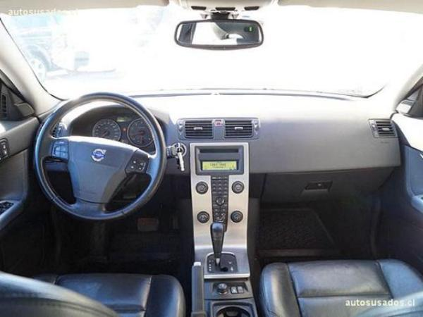 Volvo S40 T5 2.5 año 2006