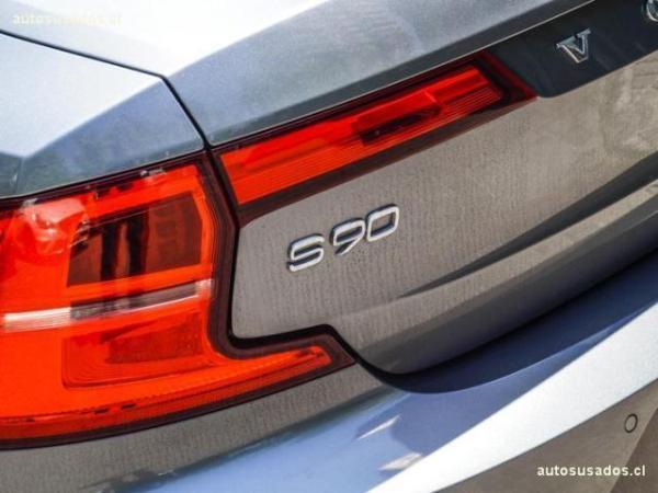 Volvo S90 D5 MOMENTUM año 2017