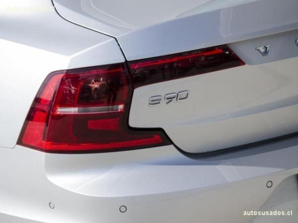 Volvo S90 T6 MOMENTUM año 2017