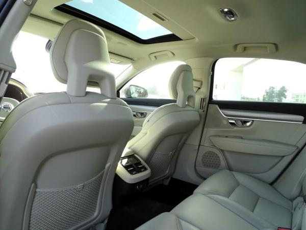 Volvo S90 D5 MOMENTUM AWD año 2018