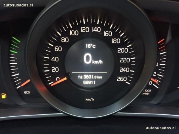 Volvo V40 T4 año 2013