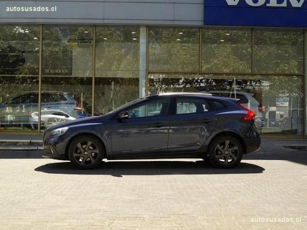 Volvo V40 CC T4 año 2014