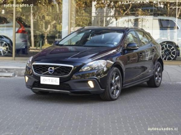 Volvo V40 CROSS COUNTRY año 2014