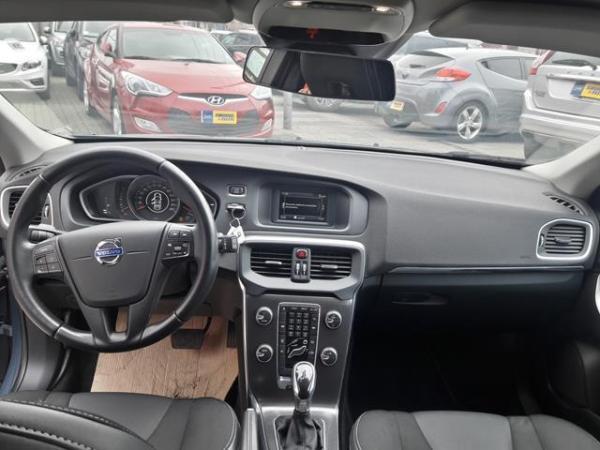 Volvo V40 V40 año 2014