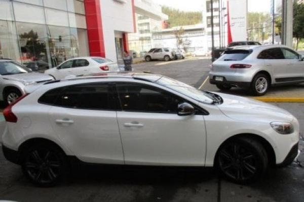 Volvo V40 T5 AWD CROSSCOUNTRY año 2014