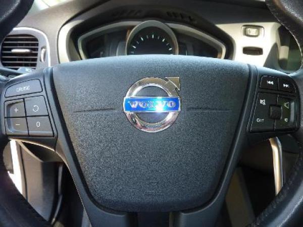 Volvo V40  año 2015