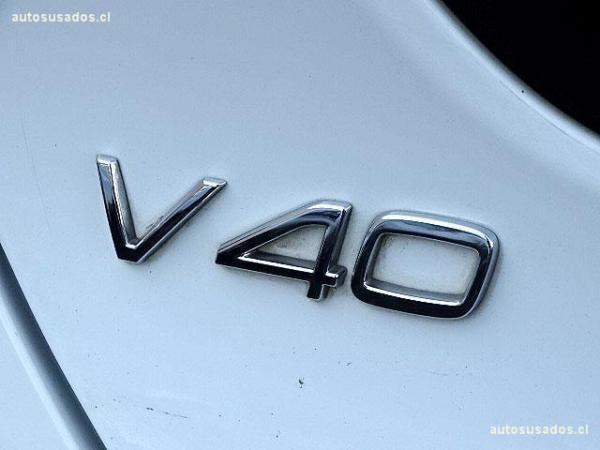 Volvo V40 D2 1.6 año 2015