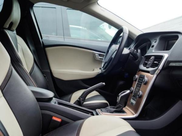 Volvo V40 V40 LTD AWD 2.0 año 2015