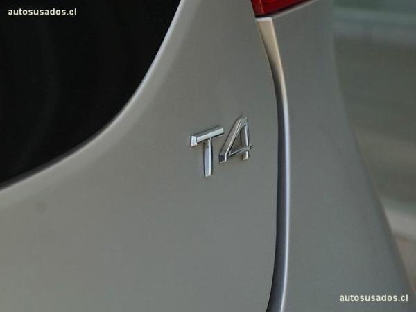 Volvo V40 T4 año 2015